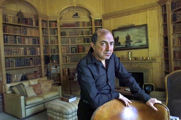 Boris Berezovsky at home in 2002-1781678
