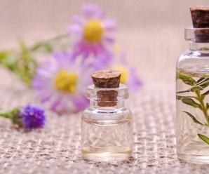 10 Great Essential Oil Face Moisturizer Recipes | Anti-aging Moisturizers