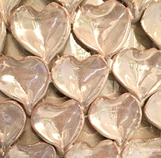 Pearl finish ceramic details
