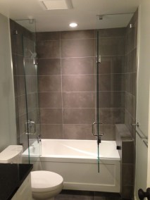 Bathtub-Doors-Home-Depot