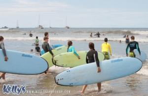 Surf-group-lesson