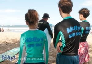 kids-group-surf-lesson