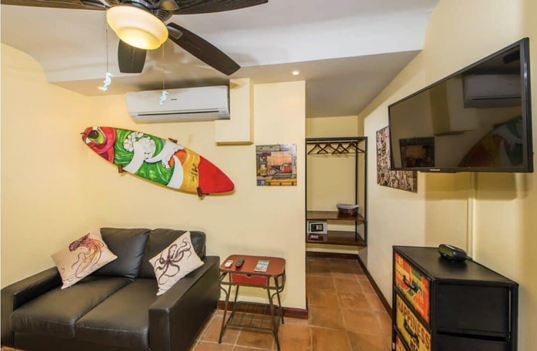 Living room and Closet Travel