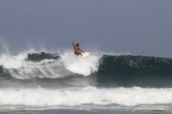 Top surfing beaches in Guanacaste