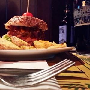 Marciano Pub: Chili Burger