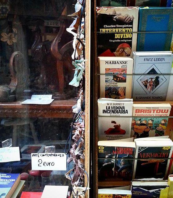 Venezia: Libreria senza commessa
