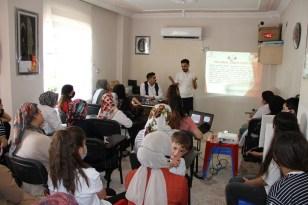 Silopi'de 'kadına yönelik şiddetle mücadele' semineri