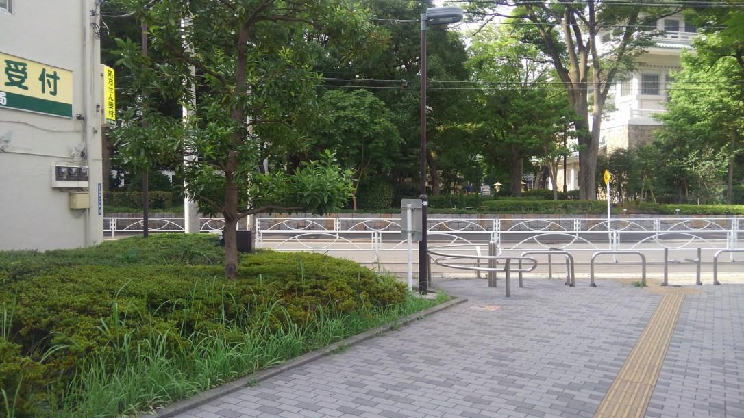江戸東京博物館横の緑道_突き当たり