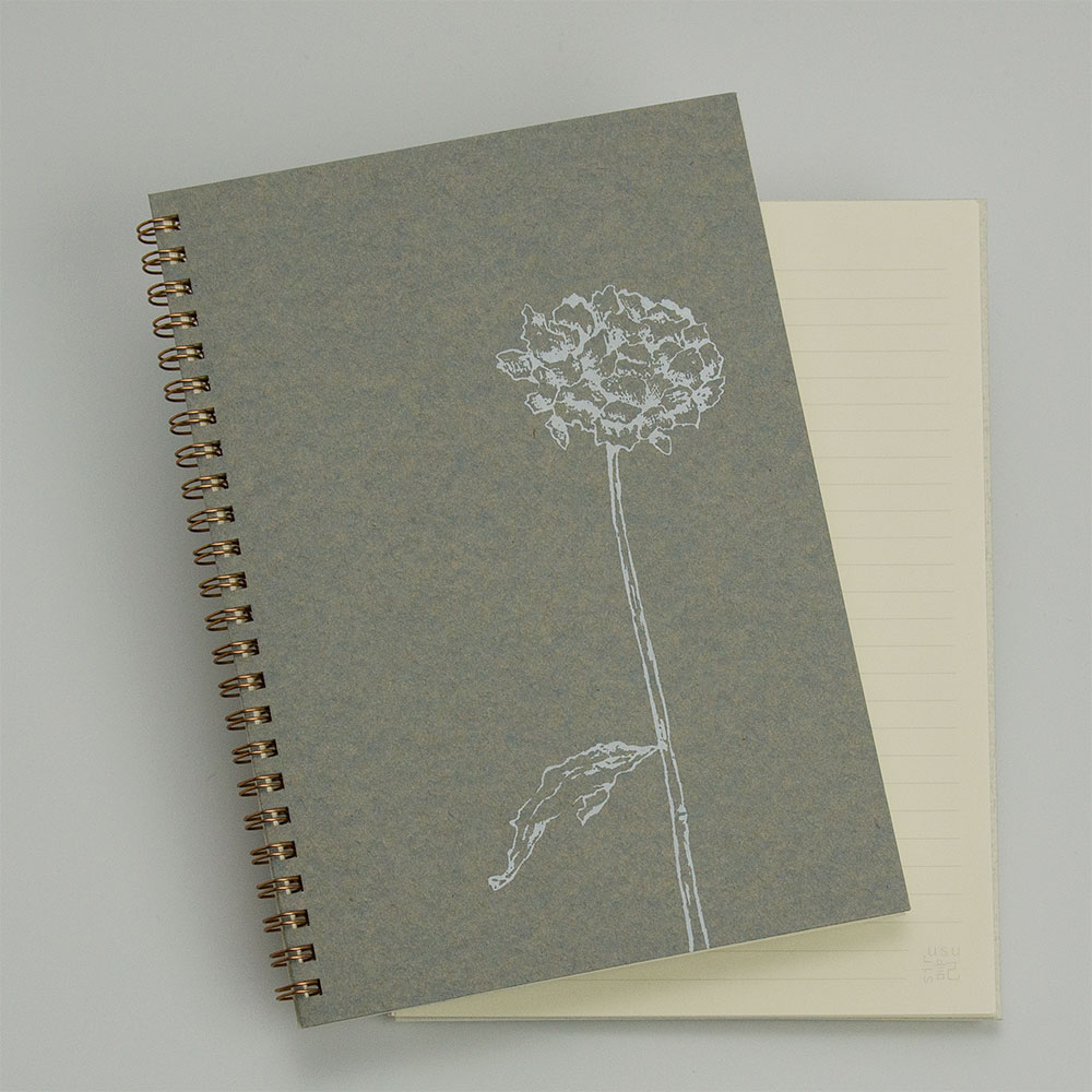 オーダーノート(A5)<br>dryflower<br>(裏表紙/白銀)イメージ1