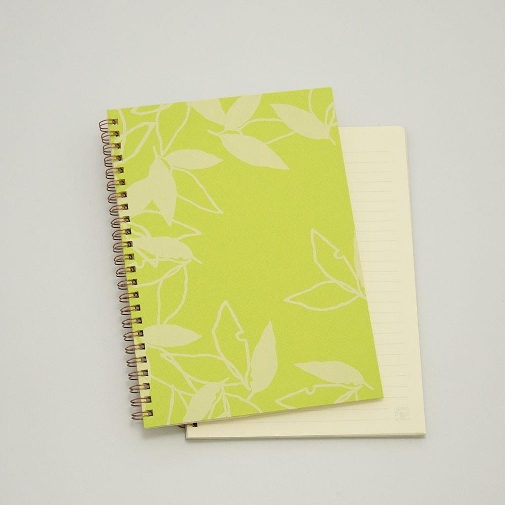 葉模様×黄緑色