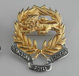 Kings Own Border Regiment Pendant/ Broach Gold Plated Lion