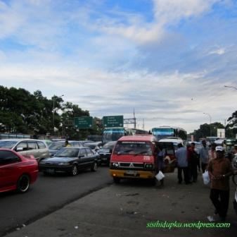 Colt arah ke Sukabumi dari Ciawi