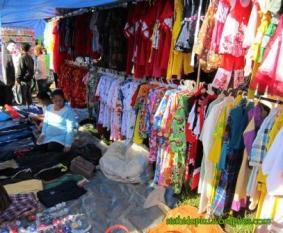 Pakaian - beragam tersedia