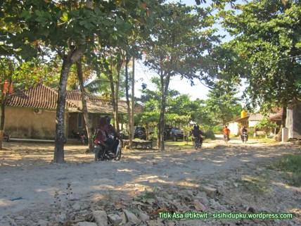 Kondisi jalan Pangumbahan.