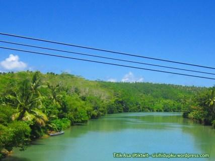 Sungai dibawah jembatan Cikarang.