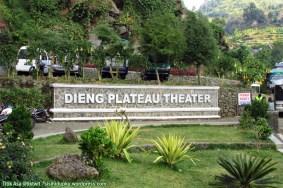 Taman dan nama Dieng Plateau Theatre.