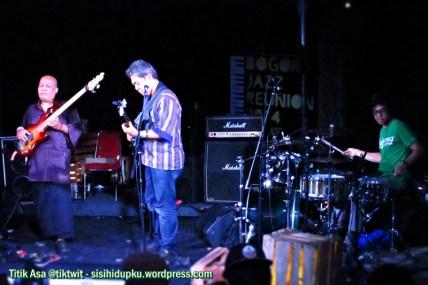 Trio Ligro ber-jazz rock.