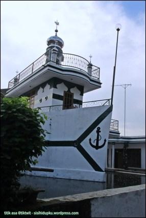 Masjid Perahu