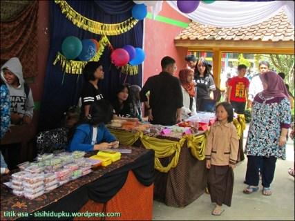 Bazar Kue-kue.