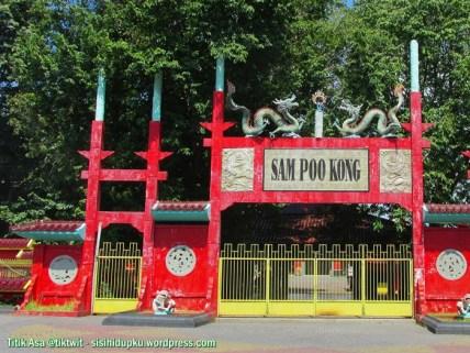 Gerbang Sam Poo Kong.