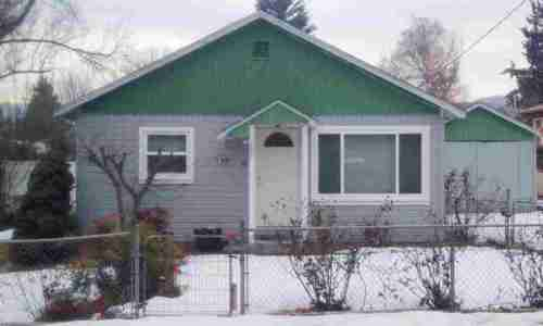Yreka Downtown area homes 2 BR 1 BA | Yama Street Yreka CA 96097