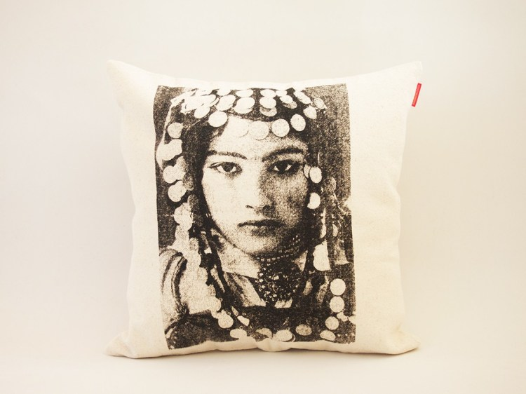 sissimorocco-marrakech-face-vintage-Morocco-yesteryear-berbere