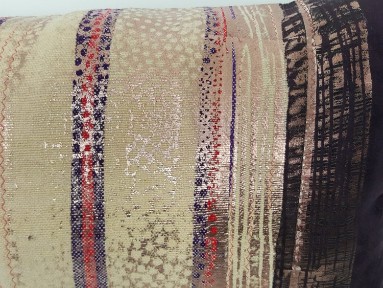 Housse Coussin Berbere Aziza beige et cuivre 1 scaled