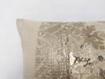 housse coussin femme dorure vintage decoration details