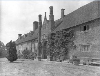 The Top Courtyard 1942; the war years. Copyright Adam Nicolson.