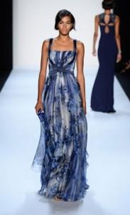 Badgley Mischka: Modelagem que não traz novidade, mas adorei a estampa leve com cores mais escuras.
