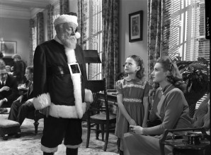The Academy of Motion Picture Arts and Sciences will present a newly restored print of the Oscar¨-winning Christmas classic ÒMiracle on 34th StreetÓ on Thursday, December 11, at 7:30 p.m. at the Samuel Goldwyn Theater in Beverly Hills. The 35mm print to be screened is from the collection of the Academy Film Archive, courtesy of Twentieth Century Fox, and is presented as part of the AcademyÕs Gold Standard screening series. Pictured: Edmund Gwenn, Natalie Wood, and Maureen O'Hara in a scene from MIRACLE ON 34TH STREET, 1947.