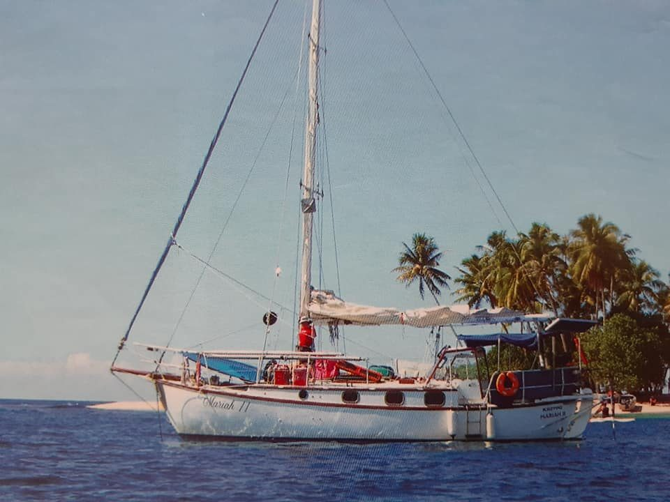 Mariah anchored at the perfect Pacific Island
