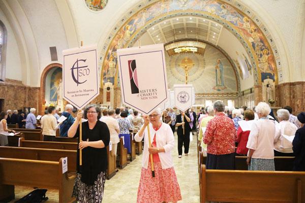 Mass-with-Archbishop4