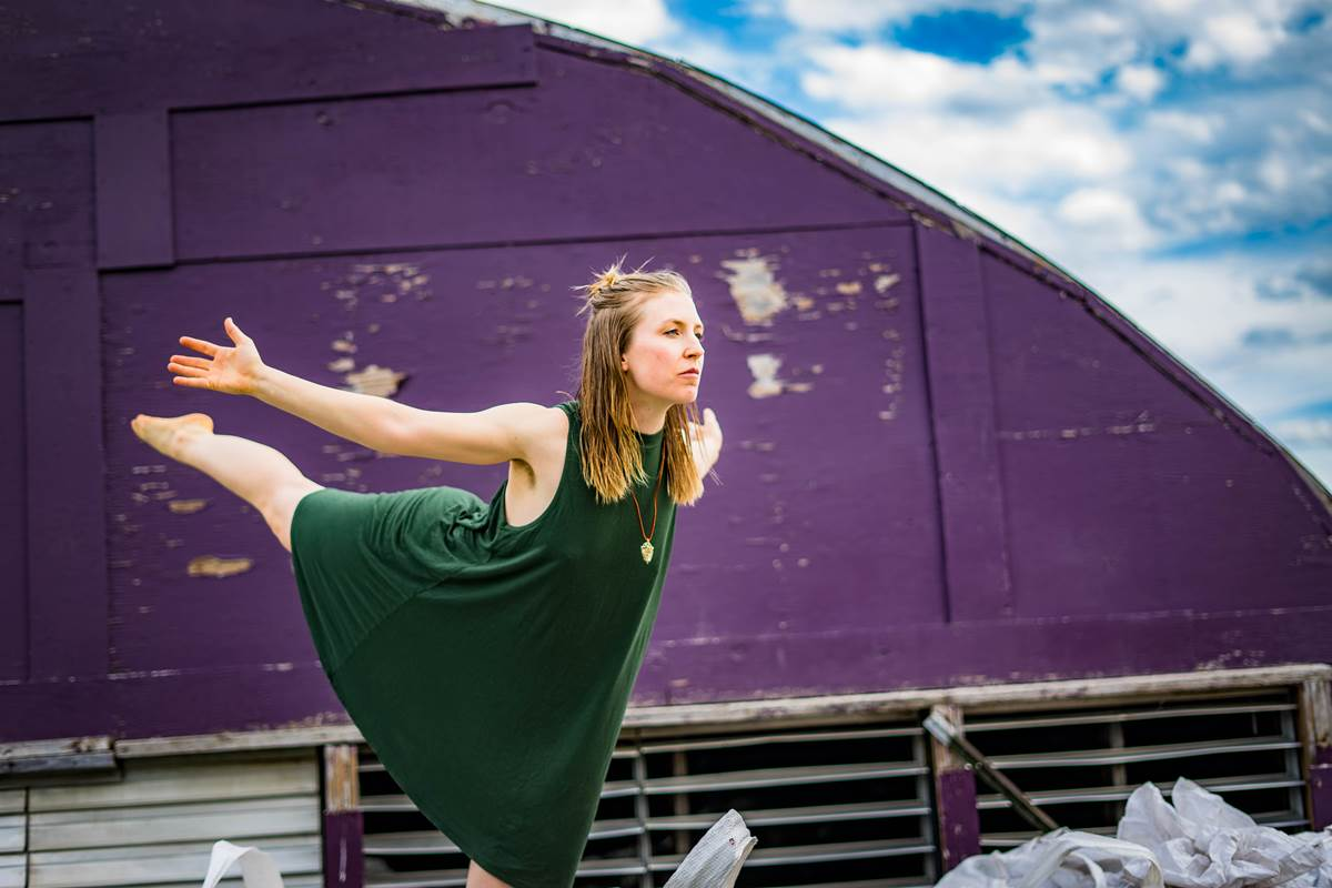 Contact Improvisation: Communicative Tools For The New Earth