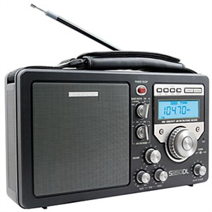 Grundig GS350DL Field Radio