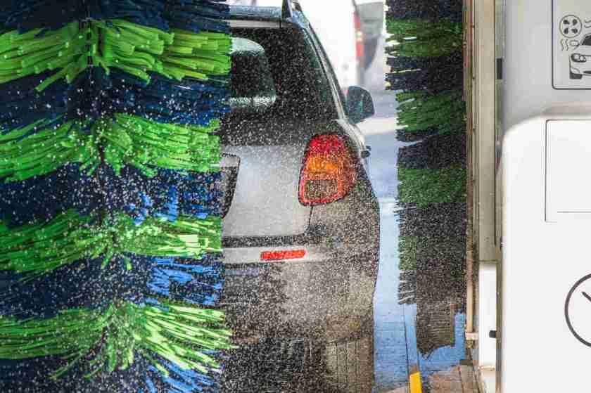 carro em lava rapido