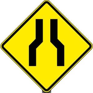 placa de estreitamento de via