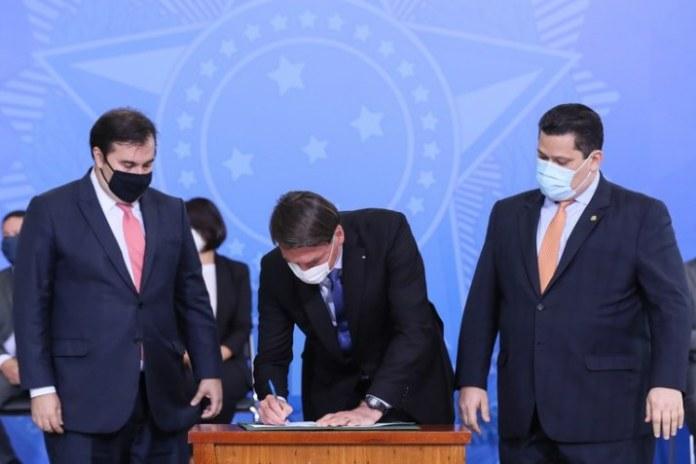 Governo anuncia prorrogação do Auxílio Emergencial