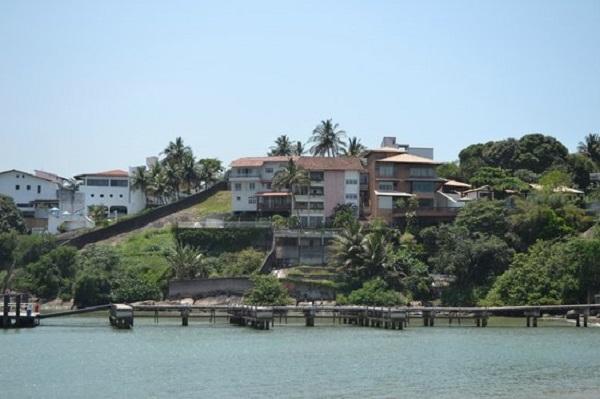 Leilões do Bandes nesta sexta-feira, 31, têm pousada em Conceição a Barra e mansão na Ilha do Boi