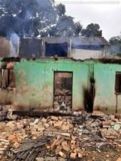 SiteBarra+Barra+de+Sao+Francisco+casa pega fogo rio do campo (8)0