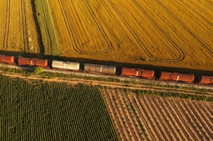 Governo Federal investe em ferrovias para melhorar o escoamento da produção