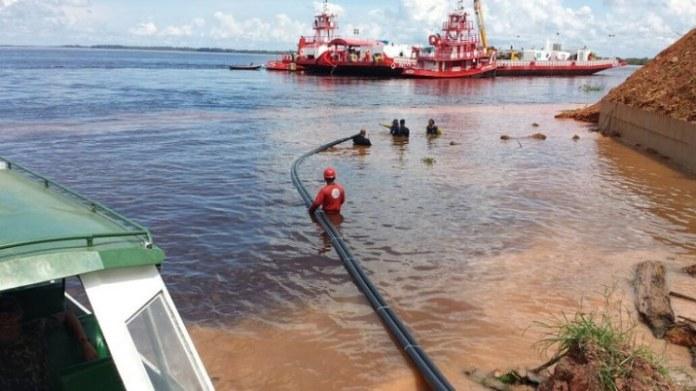 Projeto Amazônia Conectada instala mais de mil quilômetros de rede de cabos de internet em rios no Amazonas
