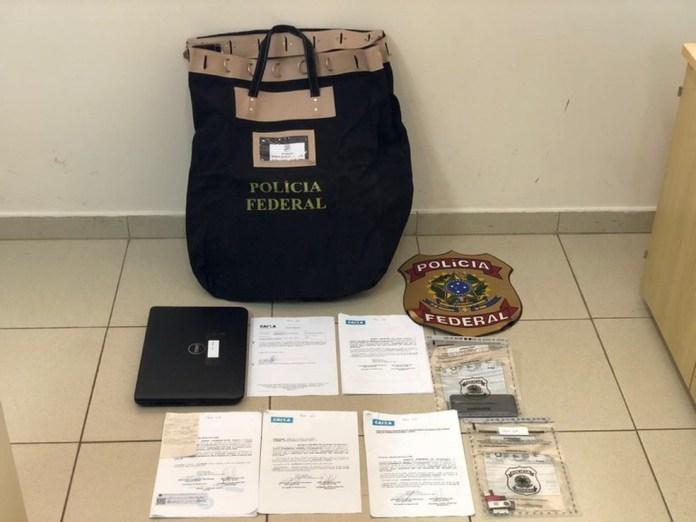 Documentos apreendidos na 1ª fase de Operação Pesadelo — Foto: Divulgação/PF