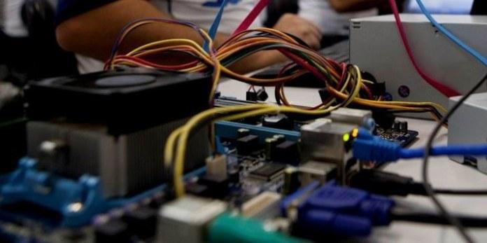 Nova versão do catálogo de cursos técnicos orienta na escolha profissional