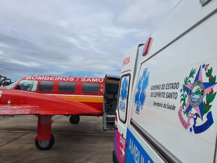 Paciente de 34 anos de Santa Catarina chega para atendimento de Covid-19 no Espírito Santo — Foto: Divulgação/ Corpo de Bombeiros de Santa Catarina