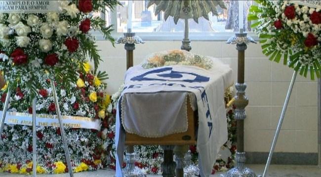 Cariê foi sepultado no começo da tarde no Cemitério de Santo Antônio, na capital capixaba