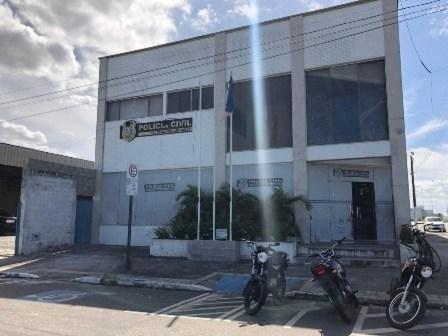 Delegacia de Polícia de Linhares onde caso está sendo investigado — Foto: Reprodução/PCES