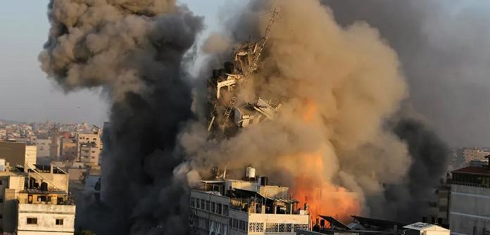 Fontes militares de Israel afirmaram que o país bombardeou Gaza mais de 600 vezes nesta semana
