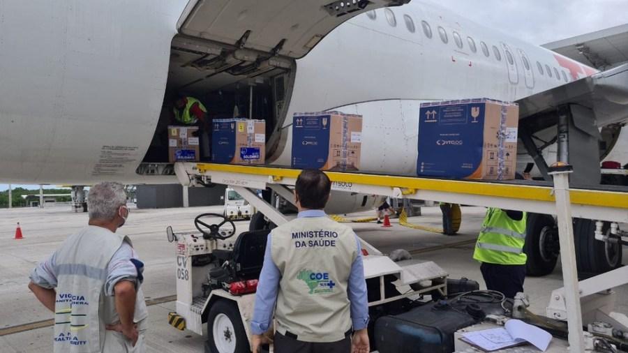 Vacinas da Pfizer chegam a Vitória, ES — Foto: Ministério da Saúde