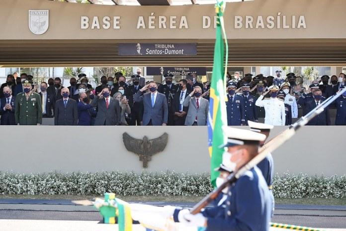 Cerimônia celebra o aniversário de nascimento do patrono da Aeronáutica